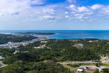 沖縄空撮 本部町と瀬底島、水納島