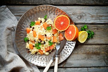 Couscous with orange and raisins