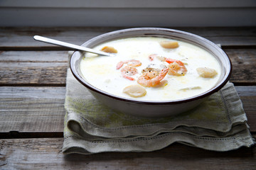 Chowder soup with shrimp and scallops