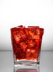 aperitivo con ghiaccio