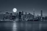 New York City at night - 78010897