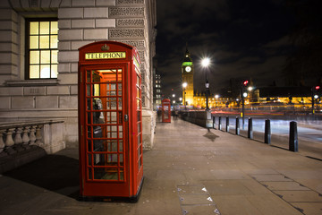 Red phone booth, Big Ben
