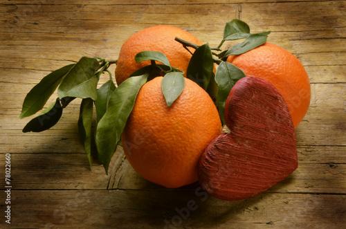 canvas print picture Appelsiner på jakt etter ekte kjærlighet