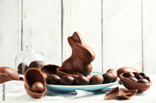 Chocolate Easter eggs and rabbit - 78026019