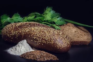 хлеб и зелень
