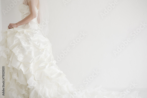 Bride is walking - 78028031
