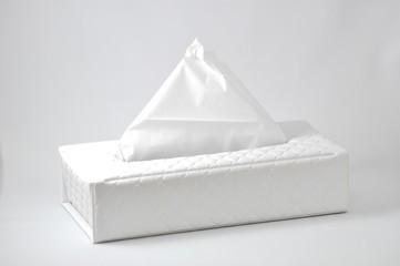 真っ白なティッシュボックス