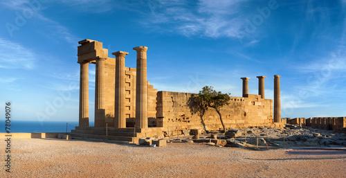 Zdjęcia na płótnie, fototapety, obrazy : Ruins of ancient Doric temple in Lindos
