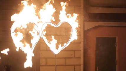 Fire Show: Two hearts of fire
