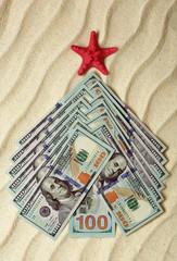 Елка из долларовых купюр