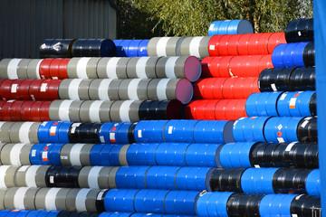 Fässer, Tonnen, Lagerung, Oel, Öl, Chemikalien, Barrel