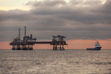 OIl platform and supply ship