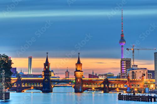 Fotobehang Berlijn Oberbaumbrücke Berlin