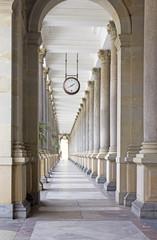 Colonnade Karlovy Vary © lom742