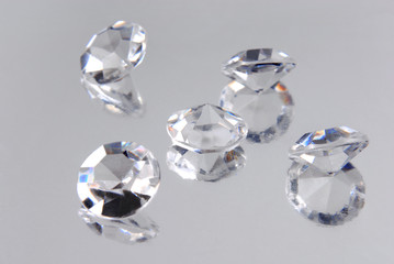 close up of the diamonds
