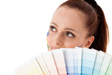 Young woman with a color guide.