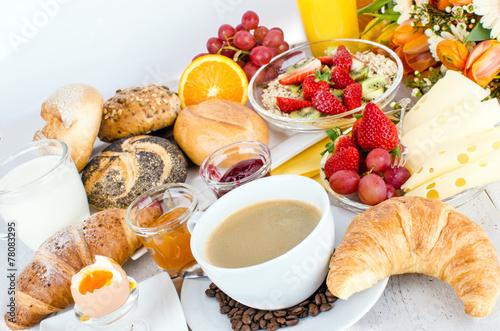 Leckeres, gesundes Frühstück für einen guten Start in den Tag :) - 78083295