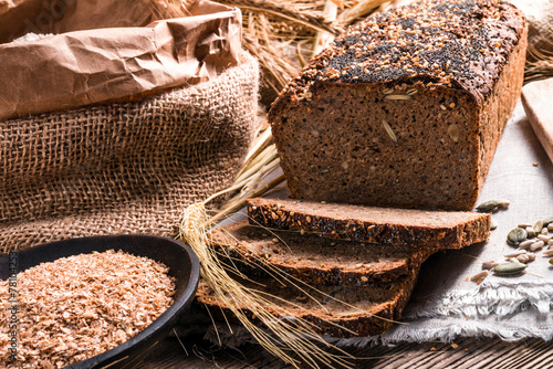 Foto op Canvas Brood homemade whole wheat bread