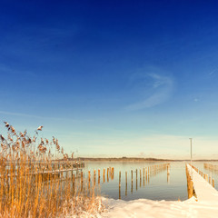jetty on lake chiemsee, snow (195)