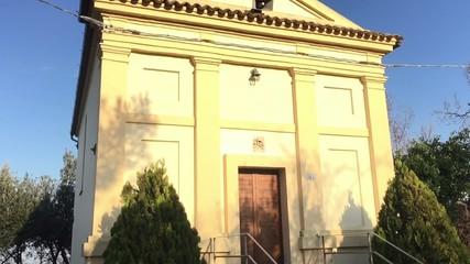 Ostra Vetere, località San Vito - Chiesa di campagna