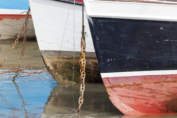 Bug von Fischerbooten im Hafen von Mevagissey,Cornwall,Großbrit