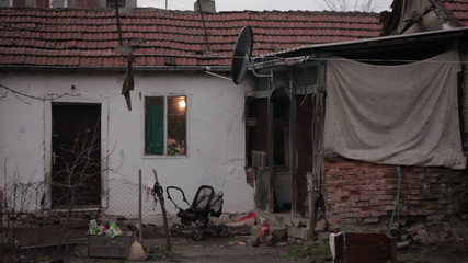 Poverty,ruined home poor family,establishment shot