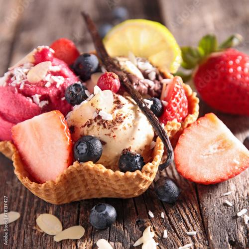 ice cream - 78137427