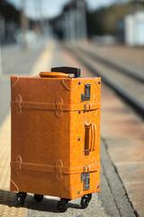 ヒームに置いたスーツケース