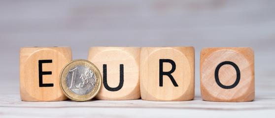 kleine Holzwürfel - Euro