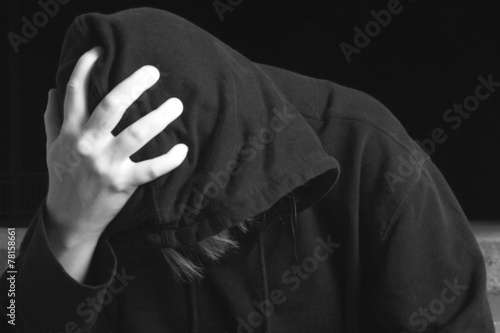Spoed canvasdoek 2cm dik Tunnel A Young man abandoned lost in depression
