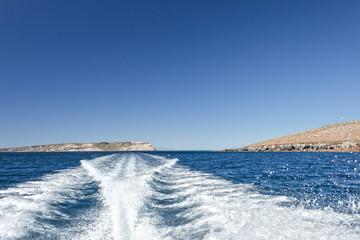 motor boat ship wake