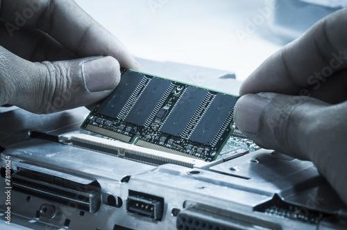 Upgrading - 78180624