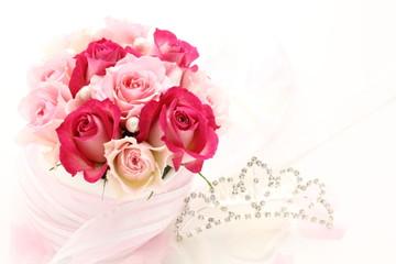 薔薇のブーケとティアラ