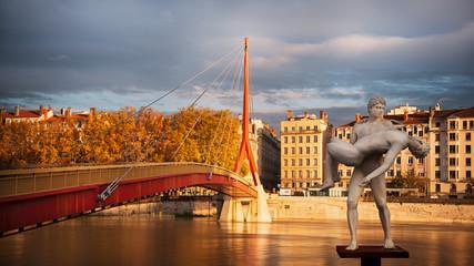 Lyon statue palais de justice