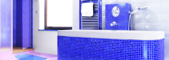Badewanne in blau