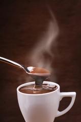 cioccolata calda fumante
