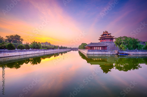 Staande foto Beijing Forbidden City tower and moat in Beijing, China