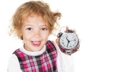 bambina con la sveglia in mano