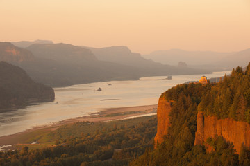 Historic Vista house observatory in Columbia River Gorge, Oregon