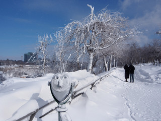 Snow covered path overlooking Niagara River Gorge