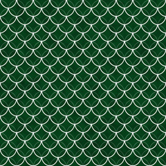 Green and White Shells with Interlocking Circles Tiles Pattern R