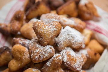 beignets en forme de coeur