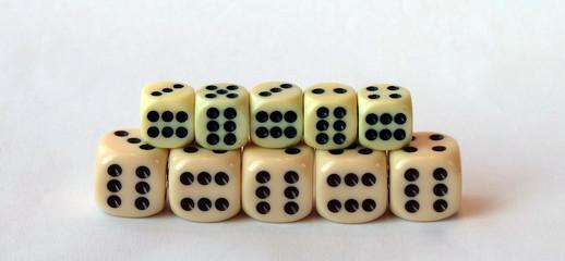 Игральные кубики 7