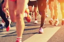 """Постер, картина, фотообои """"marathon runner legs running on city street"""""""