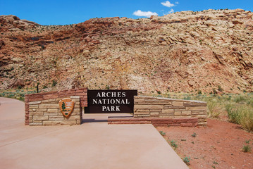 Arches National Park Entrance Sign. Utah, U.S.A. Utah Rocky Land