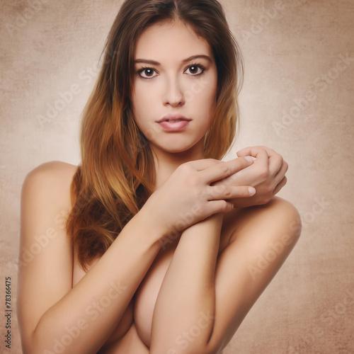 canvas print picture portrait of a beautiful woman