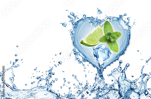 Valentine Heart from water splash, mint, ice and lime - 78367680