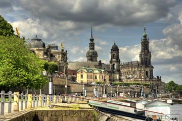 Blick zum Terrassenufer in Dresden