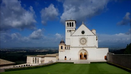 Assisi Kirche vid 02