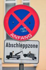 Halteverbot Schild Abschleppzone
